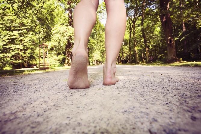 Obuj se do chůze a uzdrav své tělo